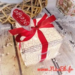 Boîte cadeau en dentelle